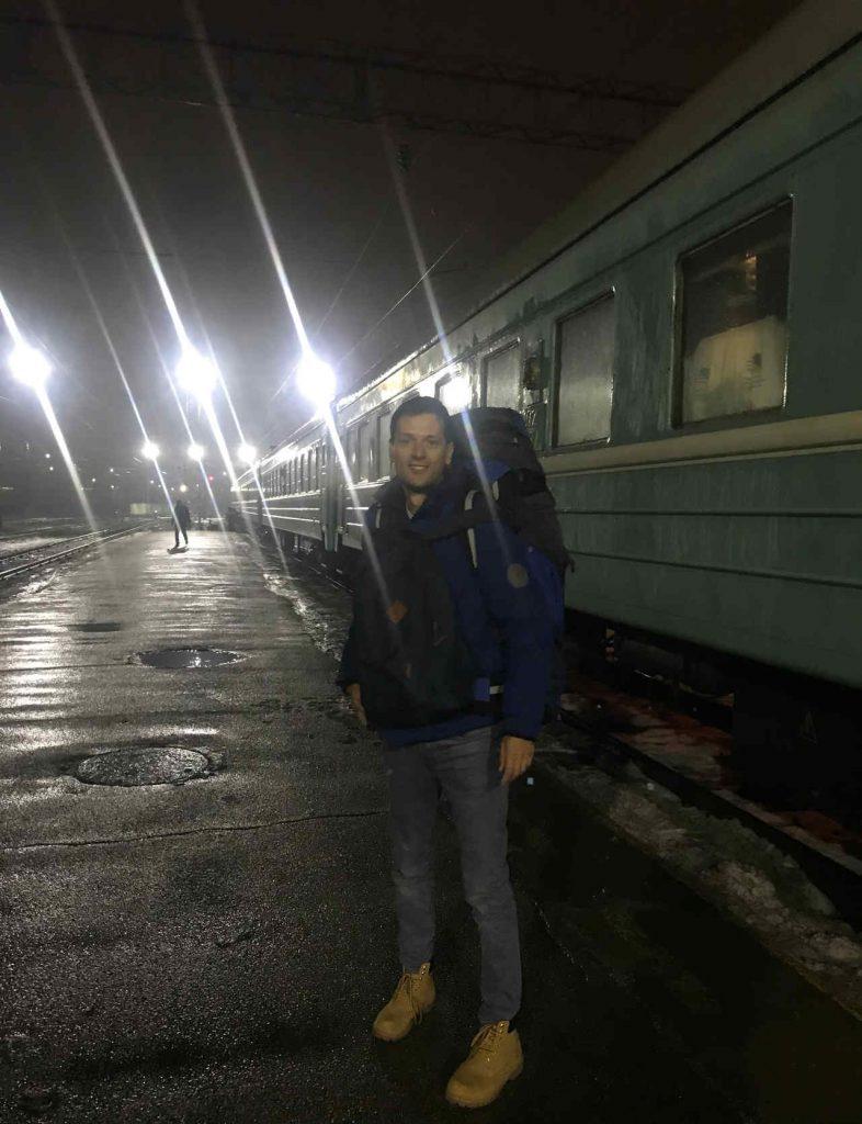 Uiteindelijk aangekomen op het Almaty 2 treinstation