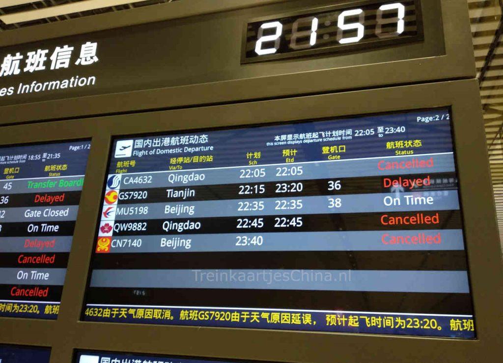Veel vluchten vertraagd of geannuleerd